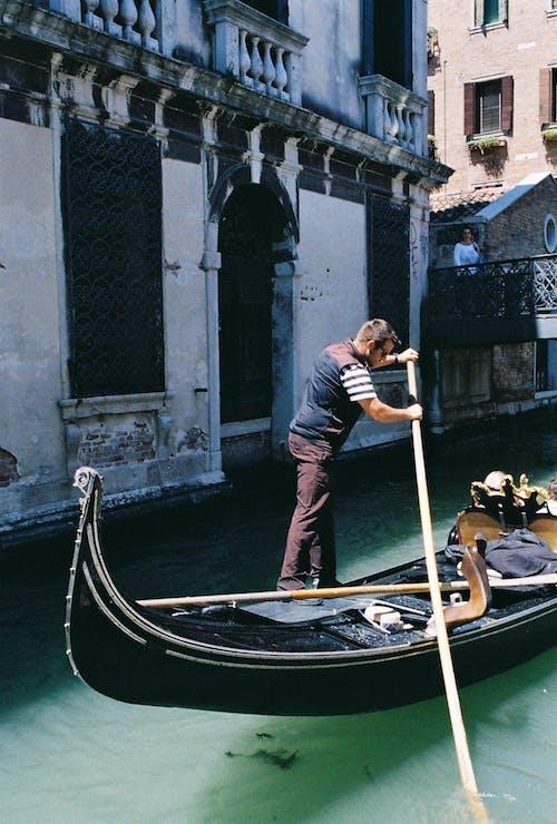 Gratis arkivbilde med gondol, gondoliers, historie, italia