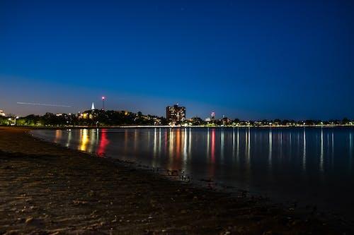 Ảnh lưu trữ miễn phí về ánh đèn thành phố, bầu trời buổi tối, biển, bờ biển