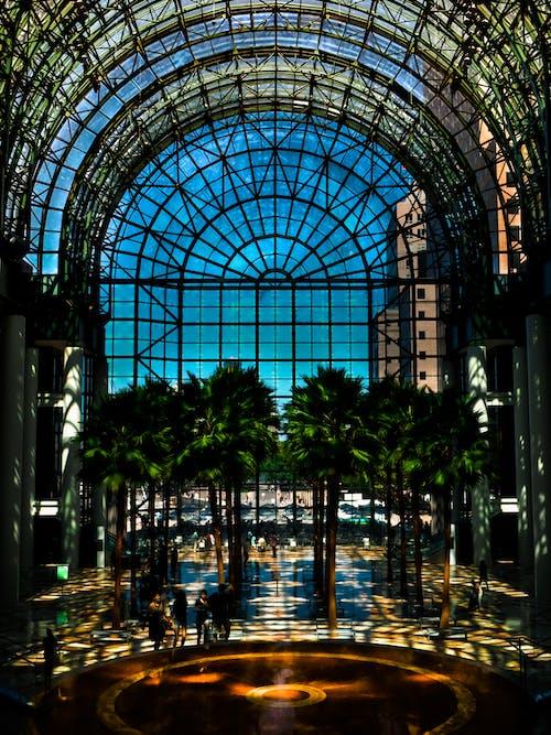 Безкоштовне стокове фото на тему «архітектура, блакитне небо, Будівля, легкий»
