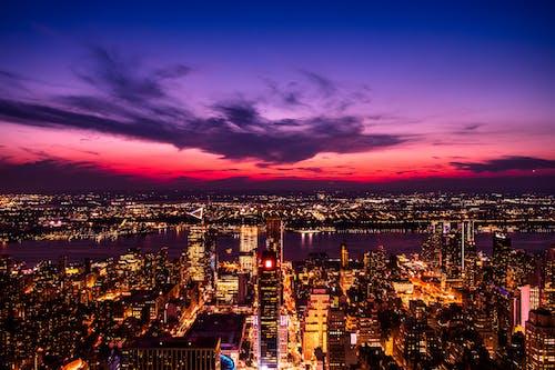 Ảnh lưu trữ miễn phí về ánh đèn thành phố, bầu trời, bầu trời buổi tối, bầu trời đầy kịch tính
