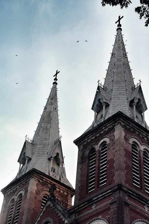 Immagine gratuita di architettura, cattedrale, chiesa, cielo