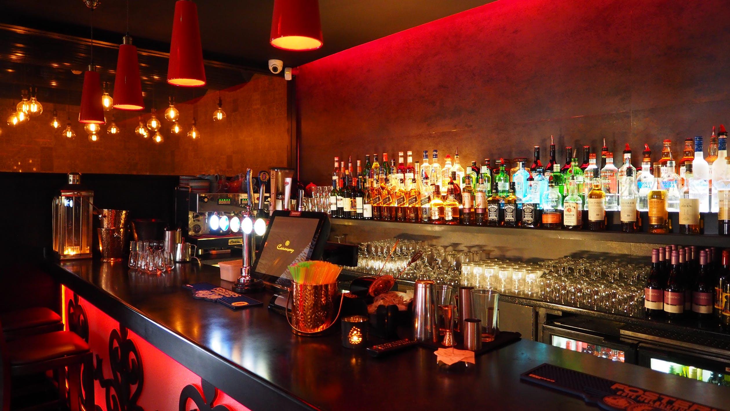 Curfew extended to midnight for bars, restaurants beginning April 19