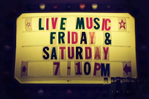 Live Music Friday & Saturday 7-10 Pm Signage