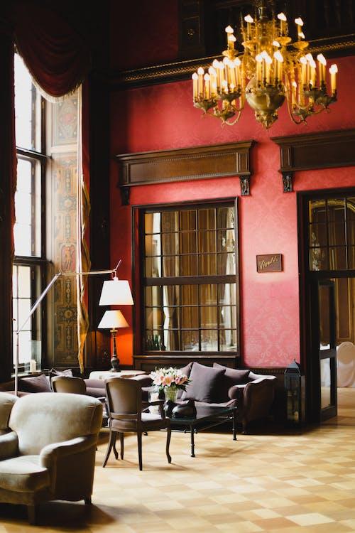 Fotobanka sbezplatnými fotkami na tému interiérový dizajn, izba, lampy, les