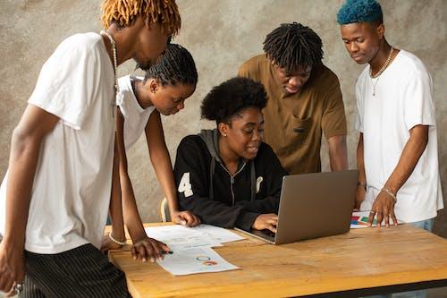 Δωρεάν στοκ φωτογραφιών με brainstorming, team building, Αφροαμερικανός