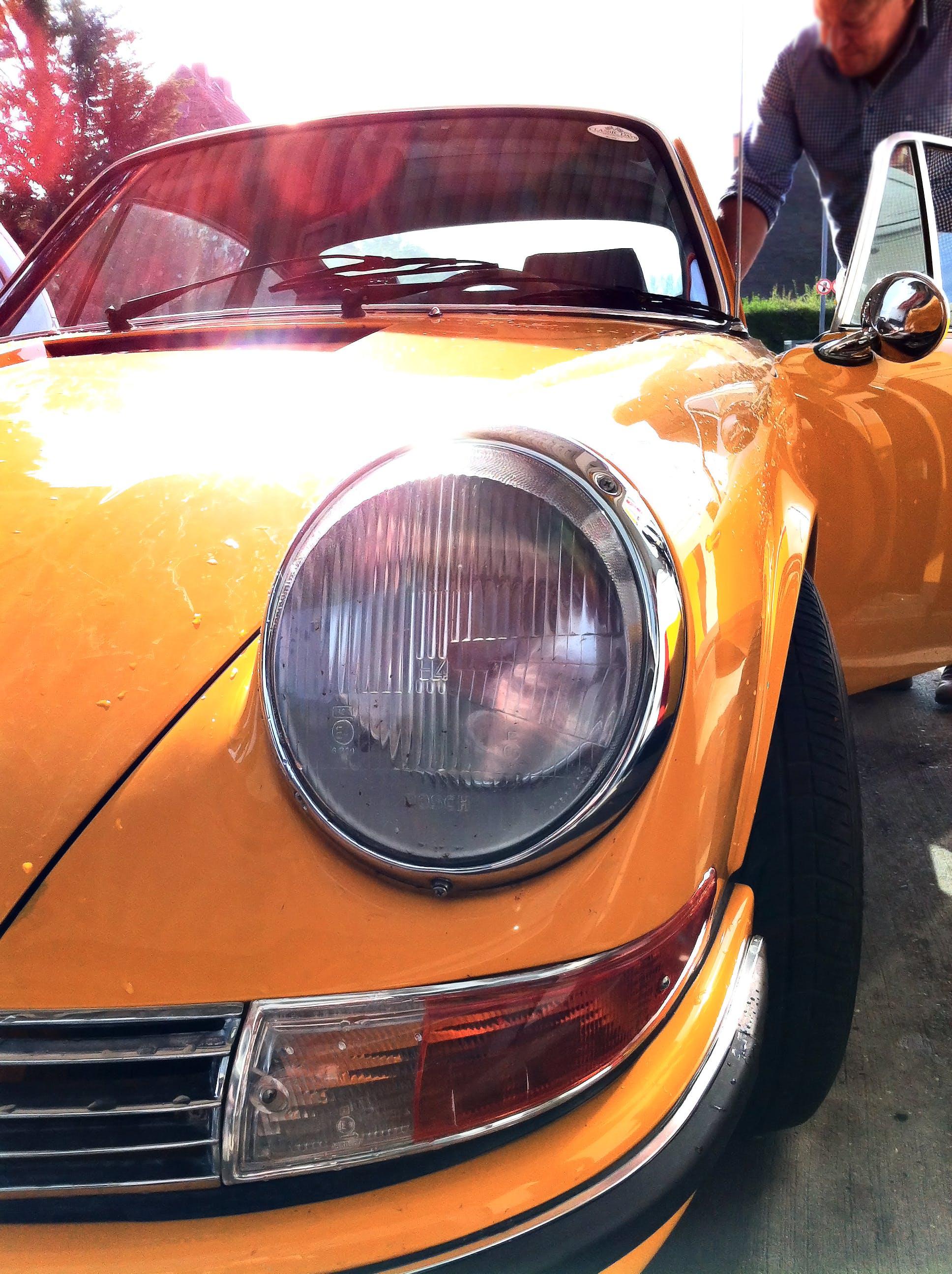 Základová fotografie zdarma na téma auto, automobil, detailní záběr, muž