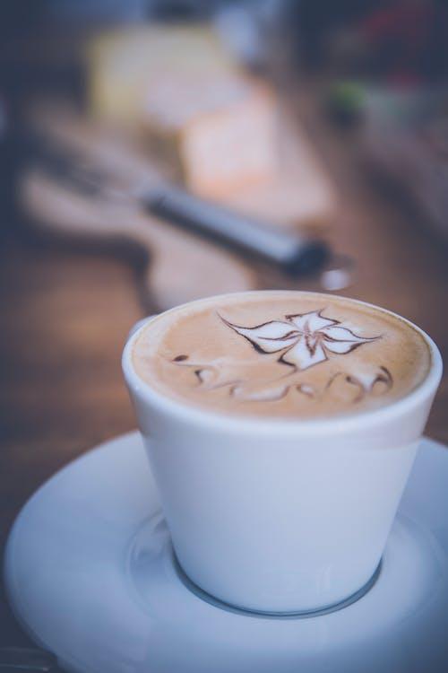 Immagine gratuita di bevanda, caffè, fiore, latte art