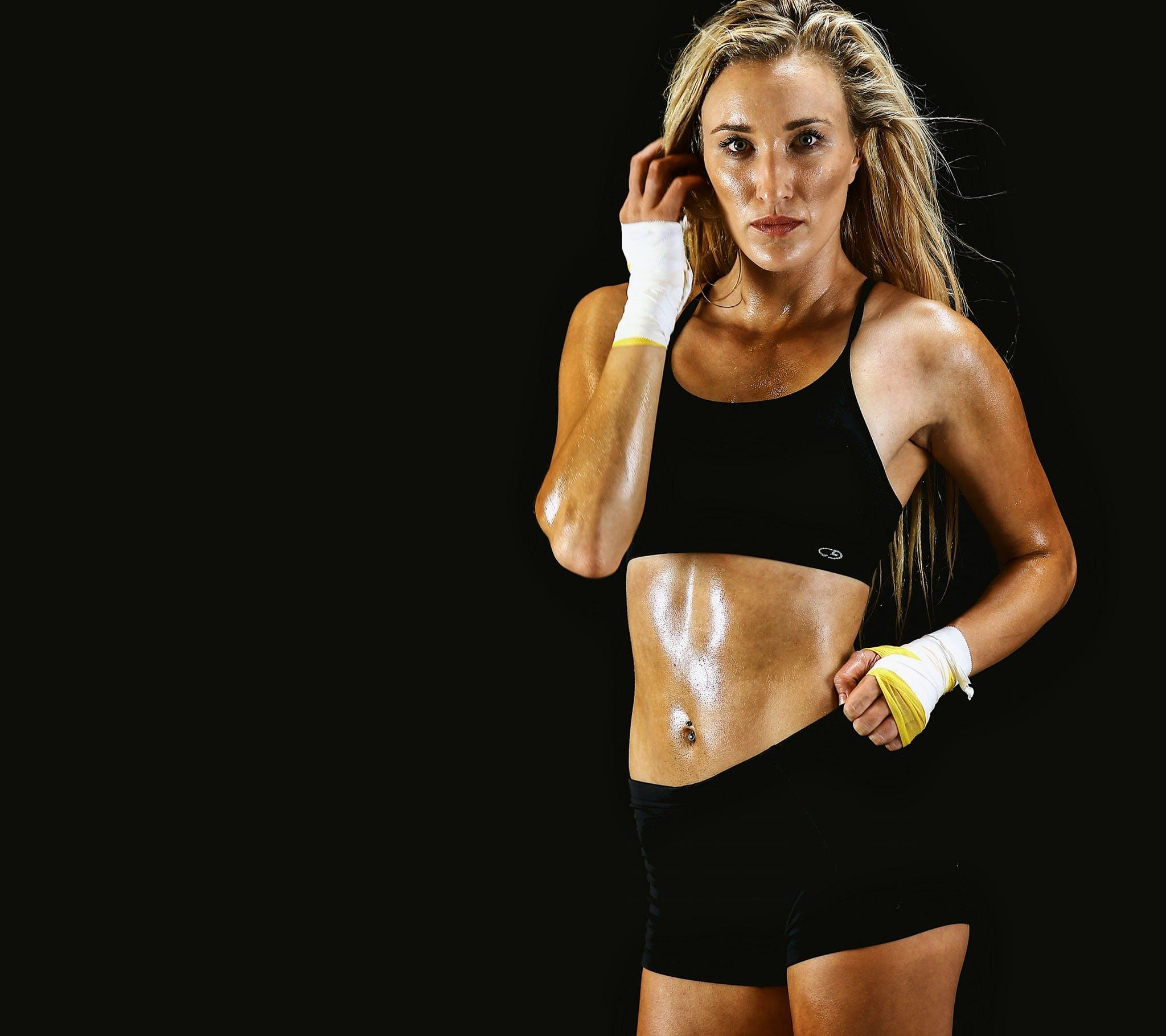 Kostenloses Stock Foto zu athlet, ausbildung, bizeps, bodybuilder