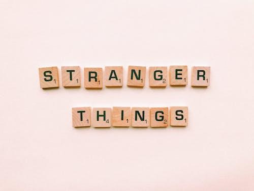 Stranger Things Harf Fayansları