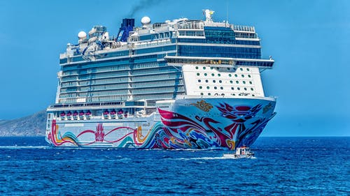 Darmowe zdjęcie z galerii z błękitna woda, duży, kolorowy, lato