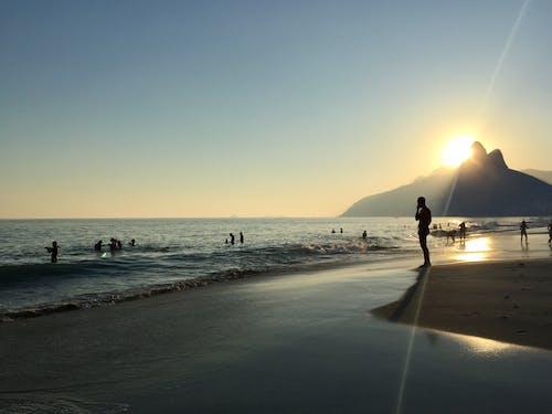 Безкоштовне стокове фото на тему «ipanema, берег моря, вечір»