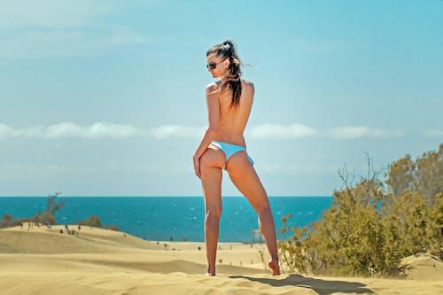 Gratis lagerfoto af badedragt, bikini, dagtimer, dame