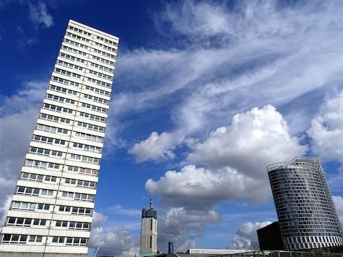 bakış açısı, binalar, dar açılı çekim, en uzun içeren Ücretsiz stok fotoğraf