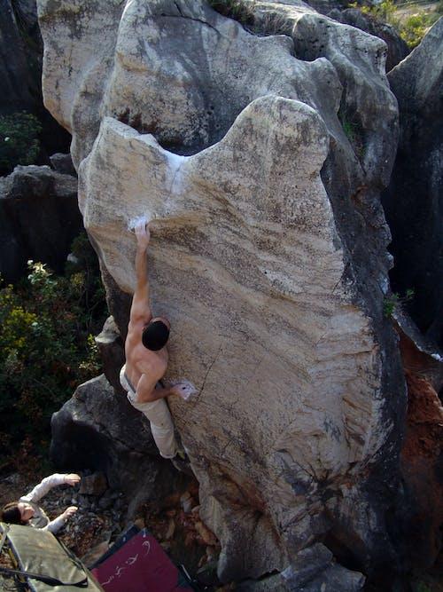 Free stock photo of boulder, climb, climber