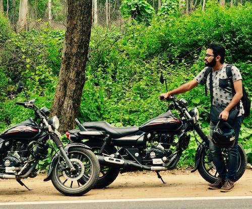 숲길, 오토바이 라이더의 무료 스톡 사진