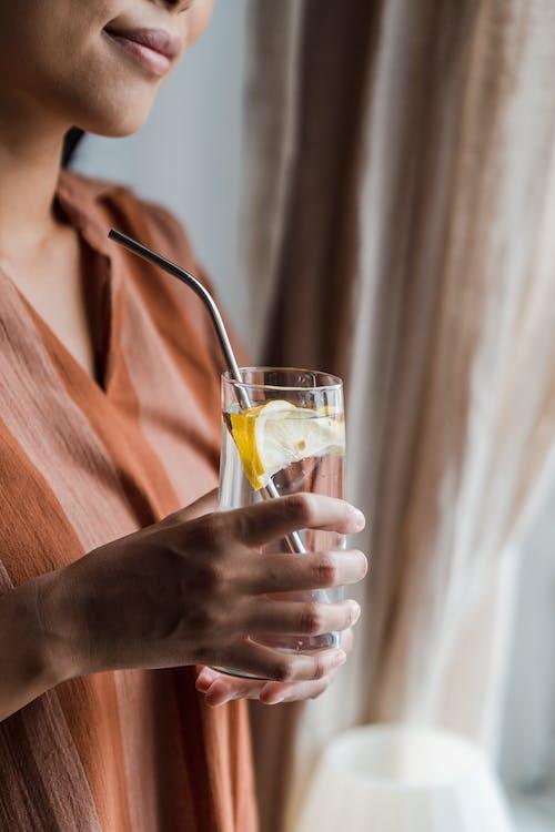 Foto stok gratis air lemon, kaca, memegang