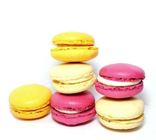 Ilmainen kuvapankkikuva tunnisteilla appelsiini, keltainen, macarons, macaroon-leivokset