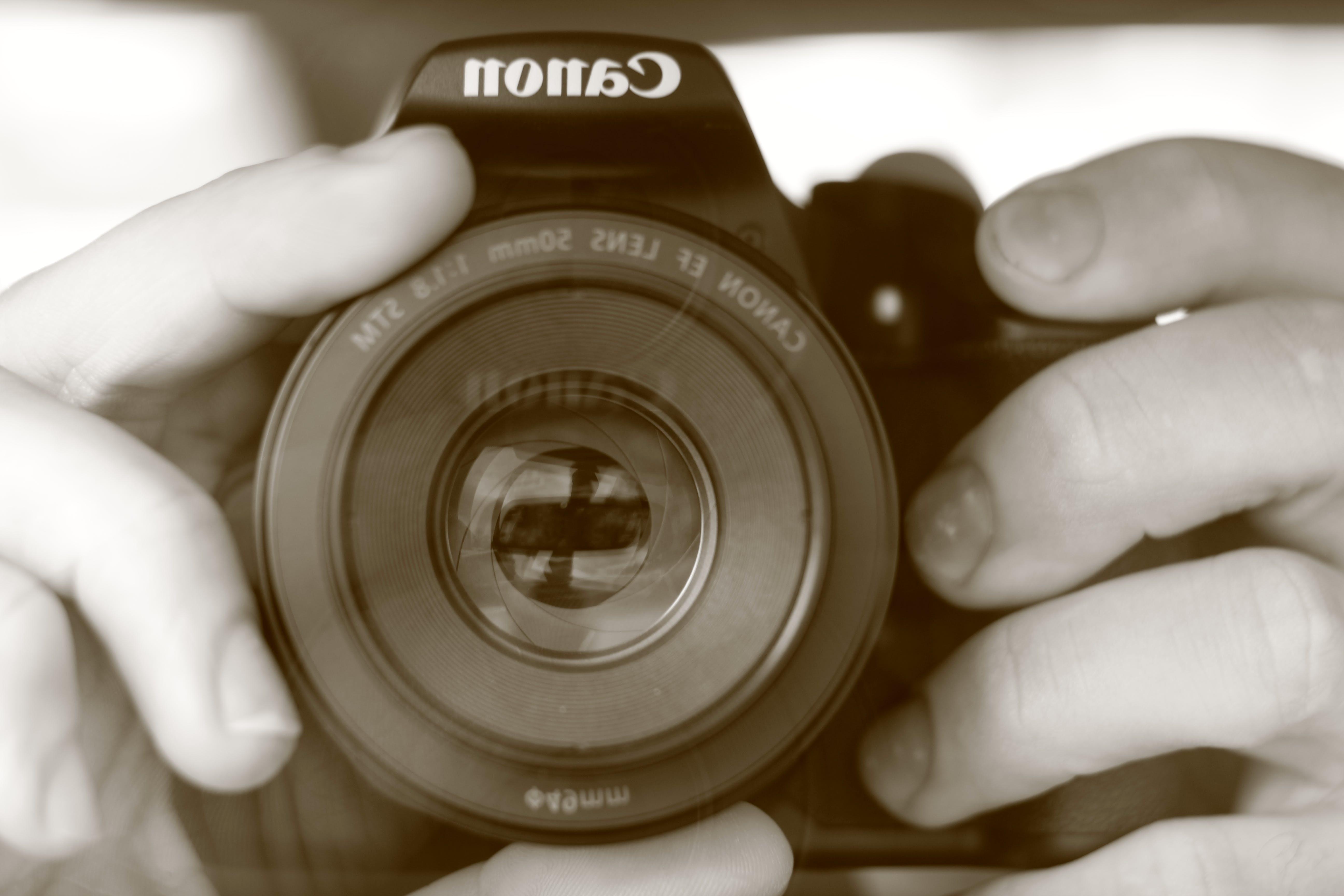 Gratis lagerfoto af Canon, selfie