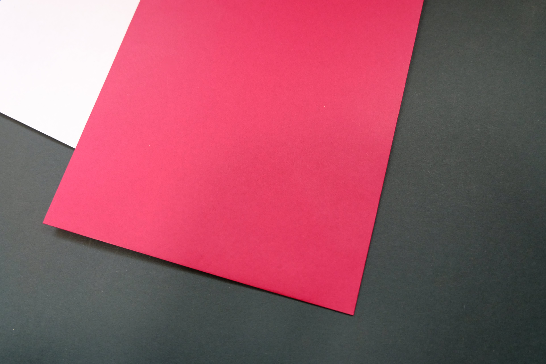 Kostenloses Stock Foto zu rot, abstrakt, grau, weiß