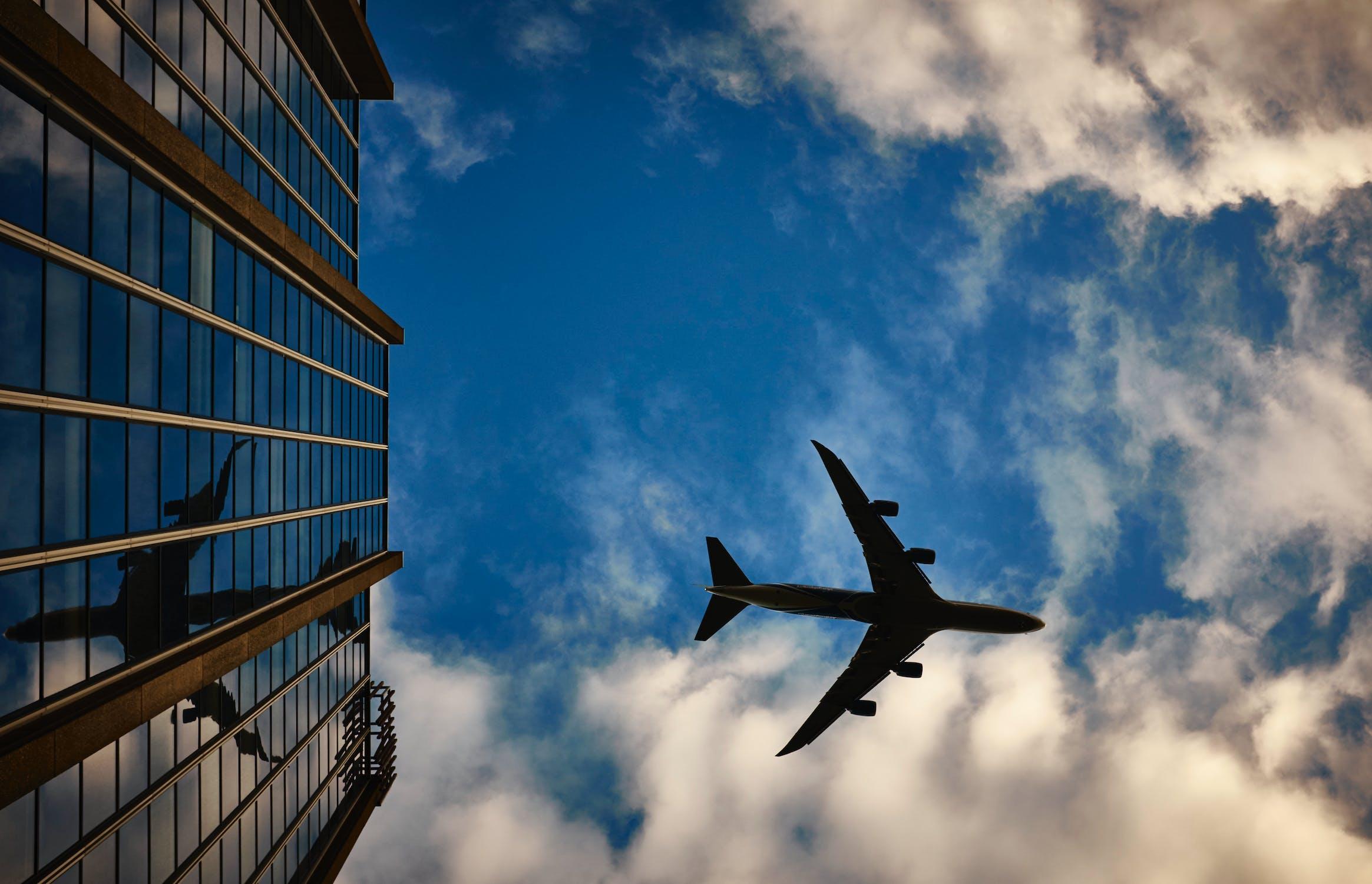 Razones por las que debes de adquirir un seguro de viaje