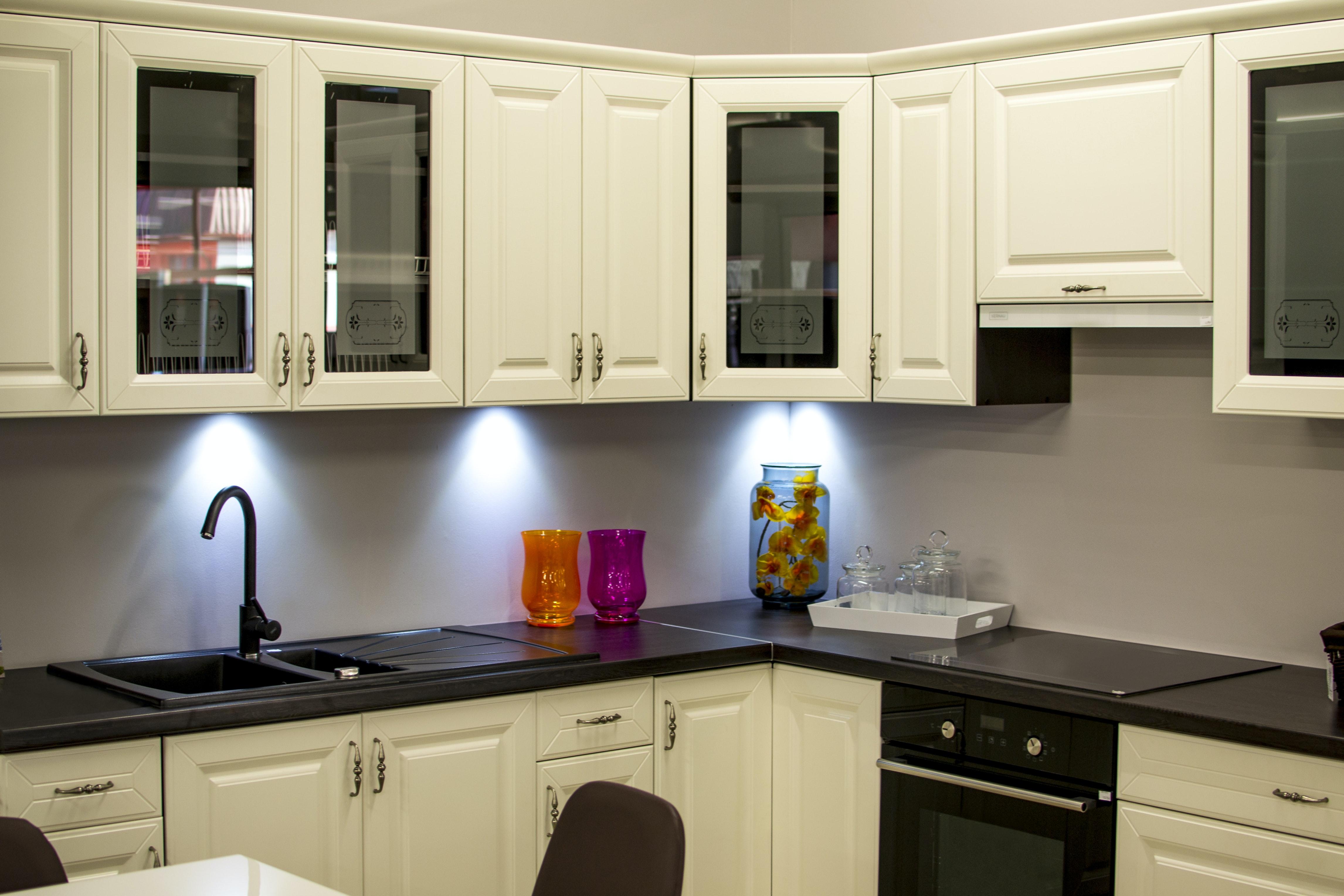 White Kitchen Cabinet · Free Stock Photo