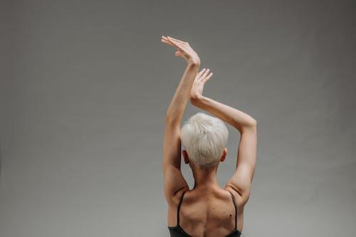 人, 後視圖, 手勢 的 免費圖庫相片