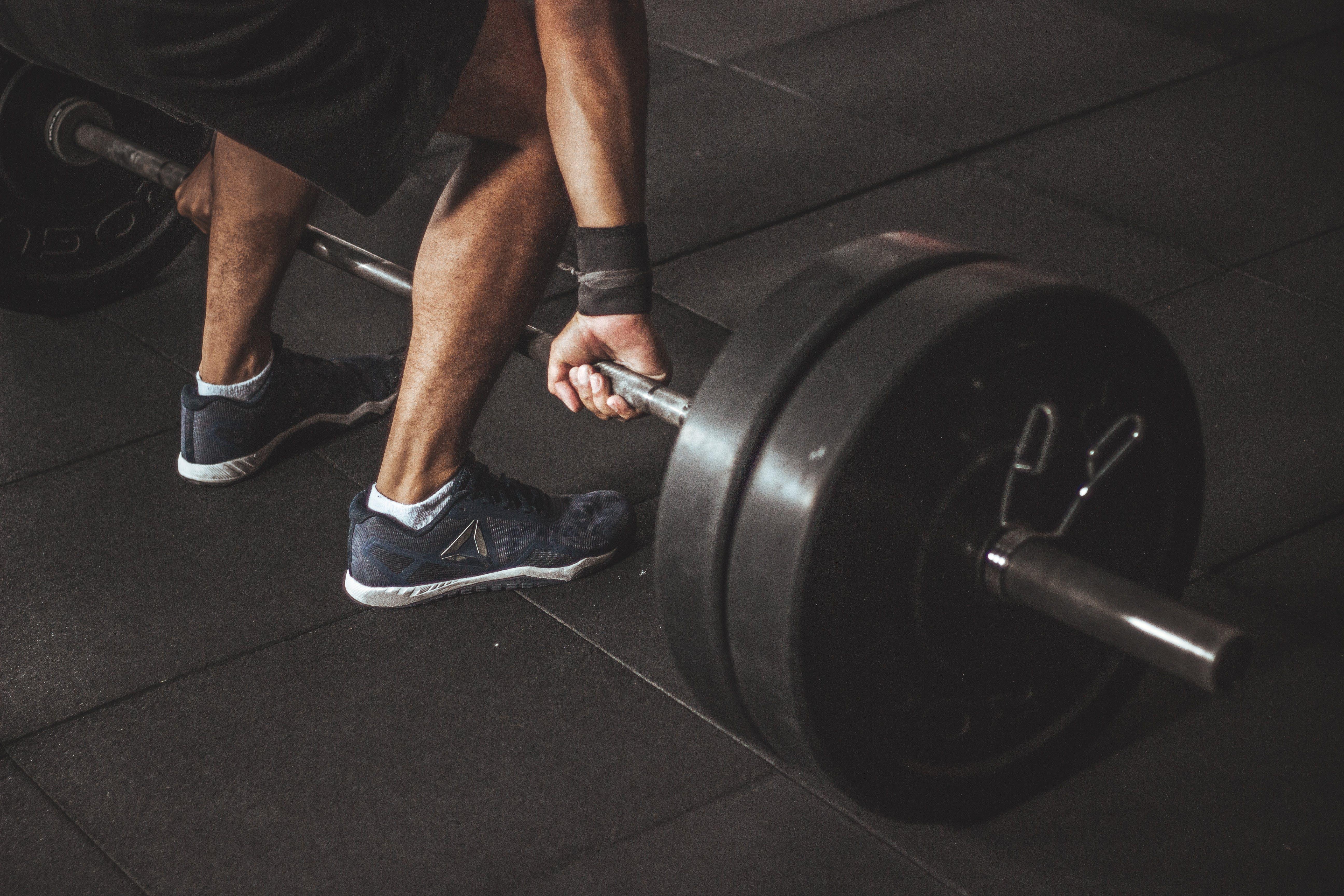 adam, ağır, ağırlık kaldırma, ağırlıklar içeren Ücretsiz stok fotoğraf