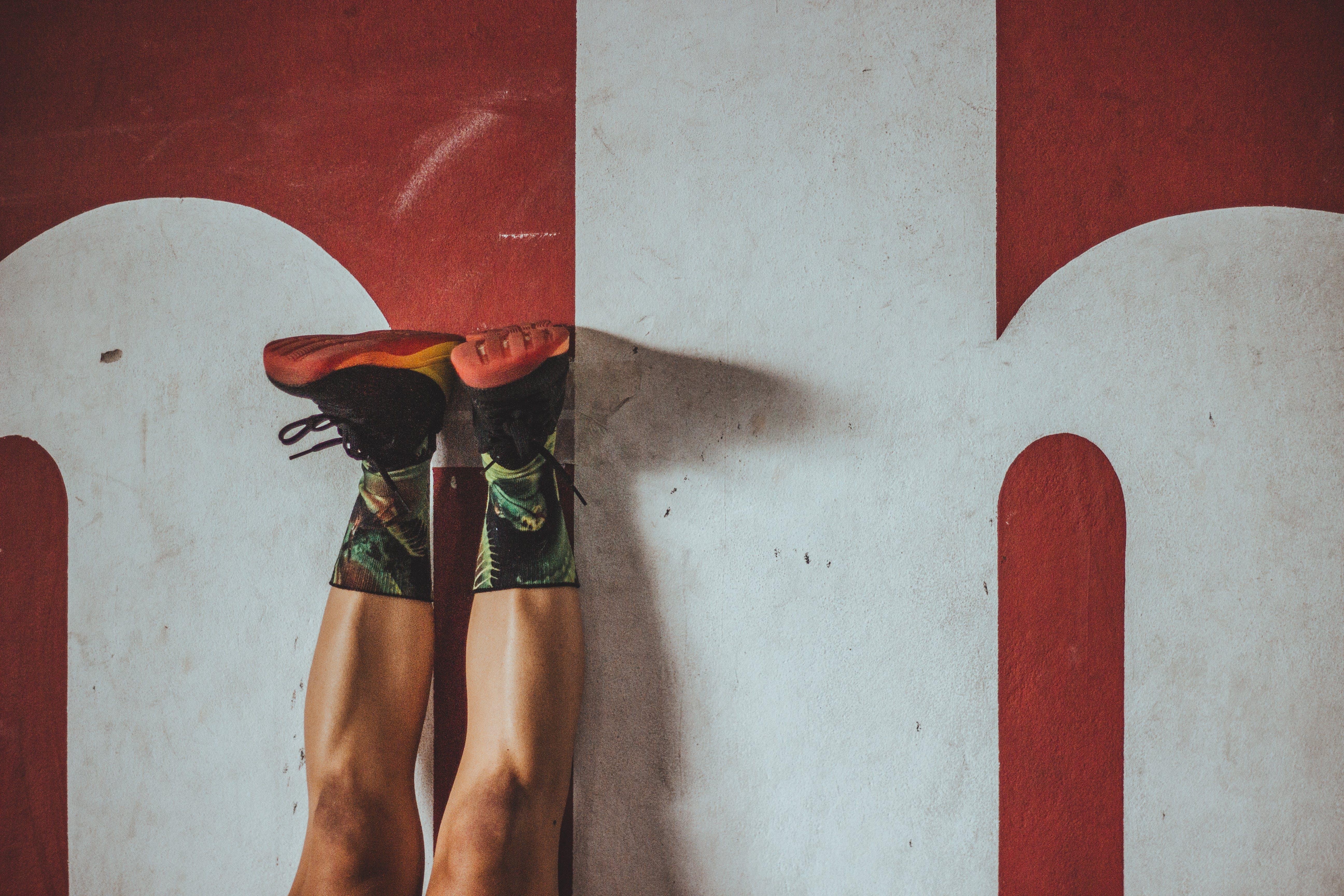 Kostnadsfri bild av ben, färger, fitness, ha på sig