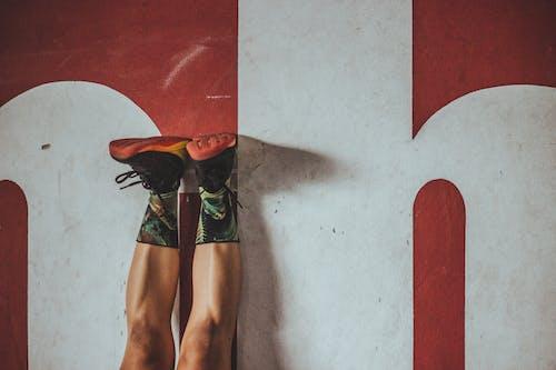 人, 健身, 牆壁, 男人 的 免费素材照片
