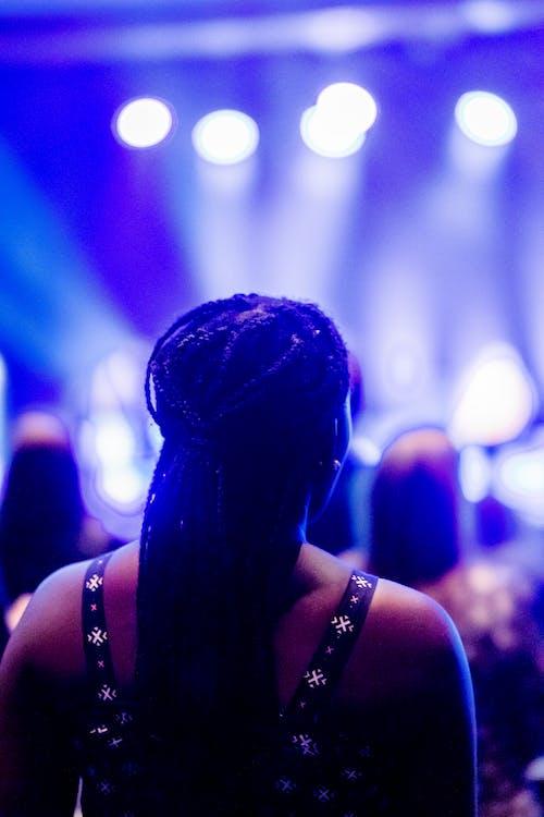 Ilmainen kuvapankkikuva tunnisteilla bändi, bileet, esitys