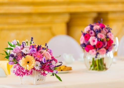 Gratis lagerfoto af ægteskab, blomst, blomster, blomsterarrangement