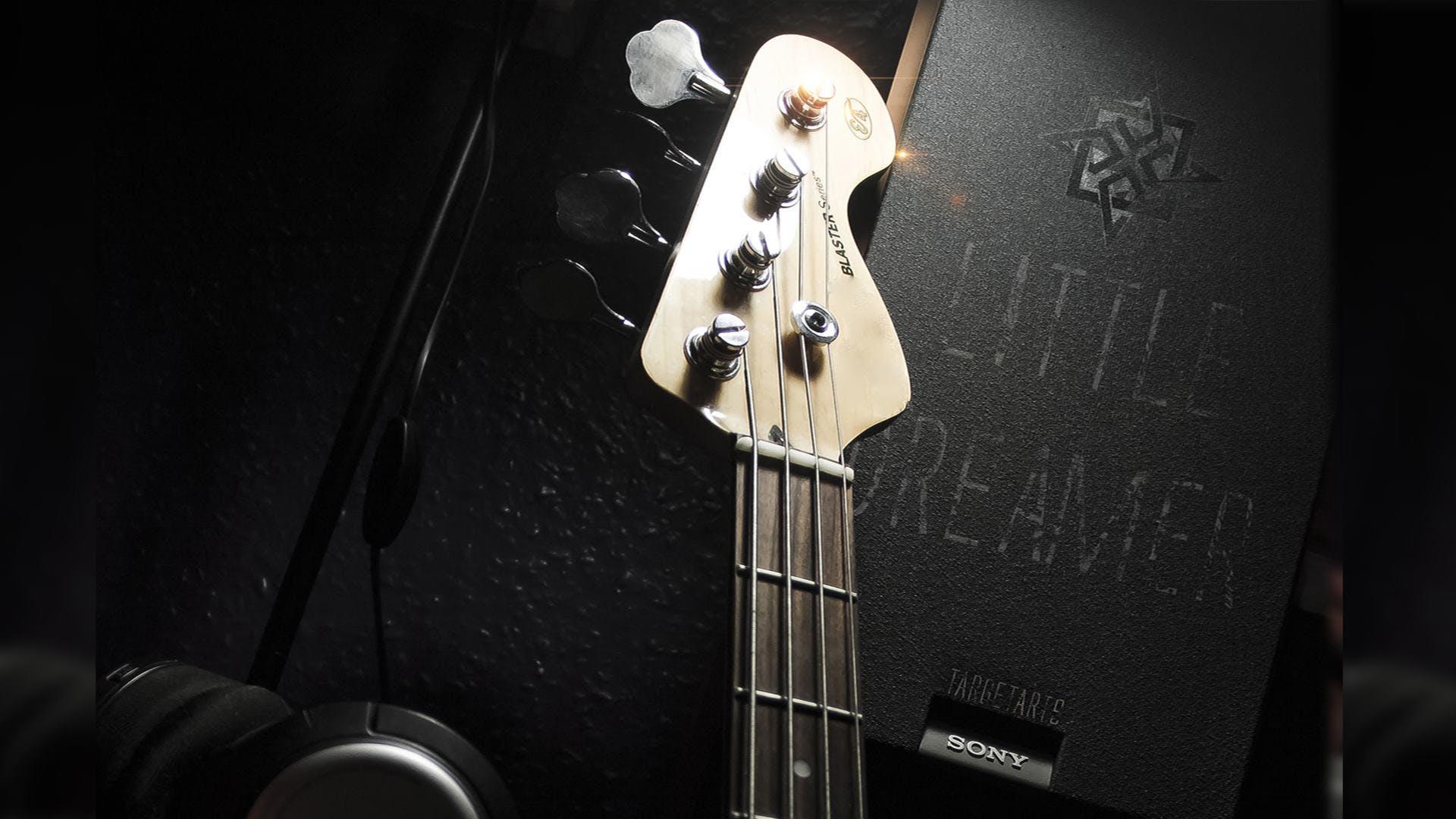 Free stock photo of bass, bass cover, bass guitar, bass guitar (musical instrument)