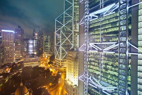 Ingyenes stockfotó belváros, éjszaka, éjszakai, építészet témában