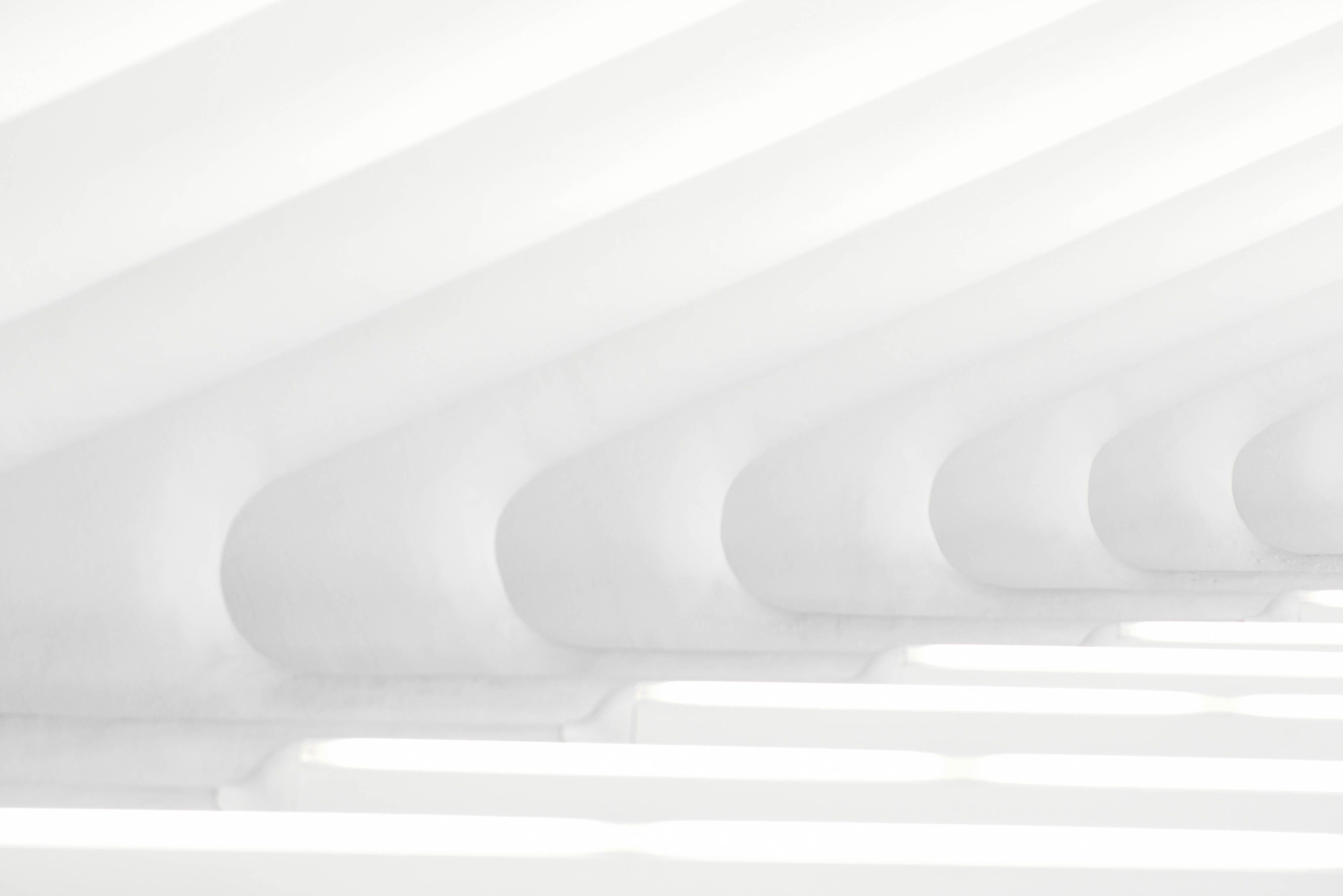 Foto profissional grátis de arquitetura, branco, contemporâneo, estrutura
