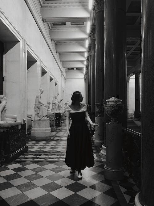 Základová fotografie zdarma na téma architektura, doma, dospělý
