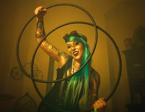 Foto d'estoc gratuïta de cèrcols, diversió, femella, groc