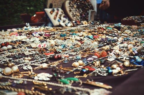 Kostenloses Stock Foto zu earing, europa, großbritannien, halskette