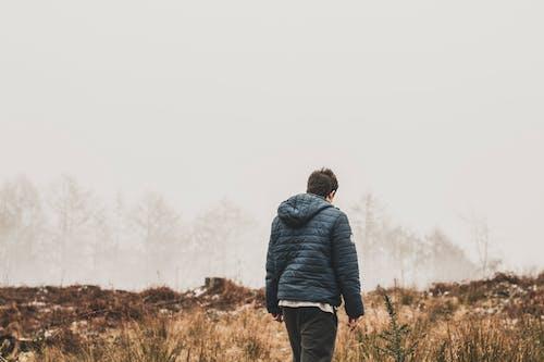 人, 公園, 夾克, 日光 的 免费素材照片