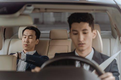 คลังภาพถ่ายฟรี ของ การขับขี่, การมอง, คนเอเชีย
