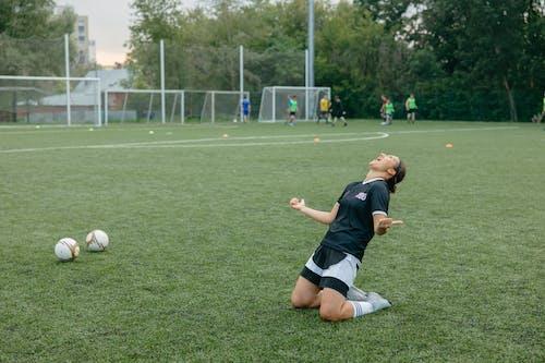 Immagine gratuita di allenatore, appassionato di sport, atleta