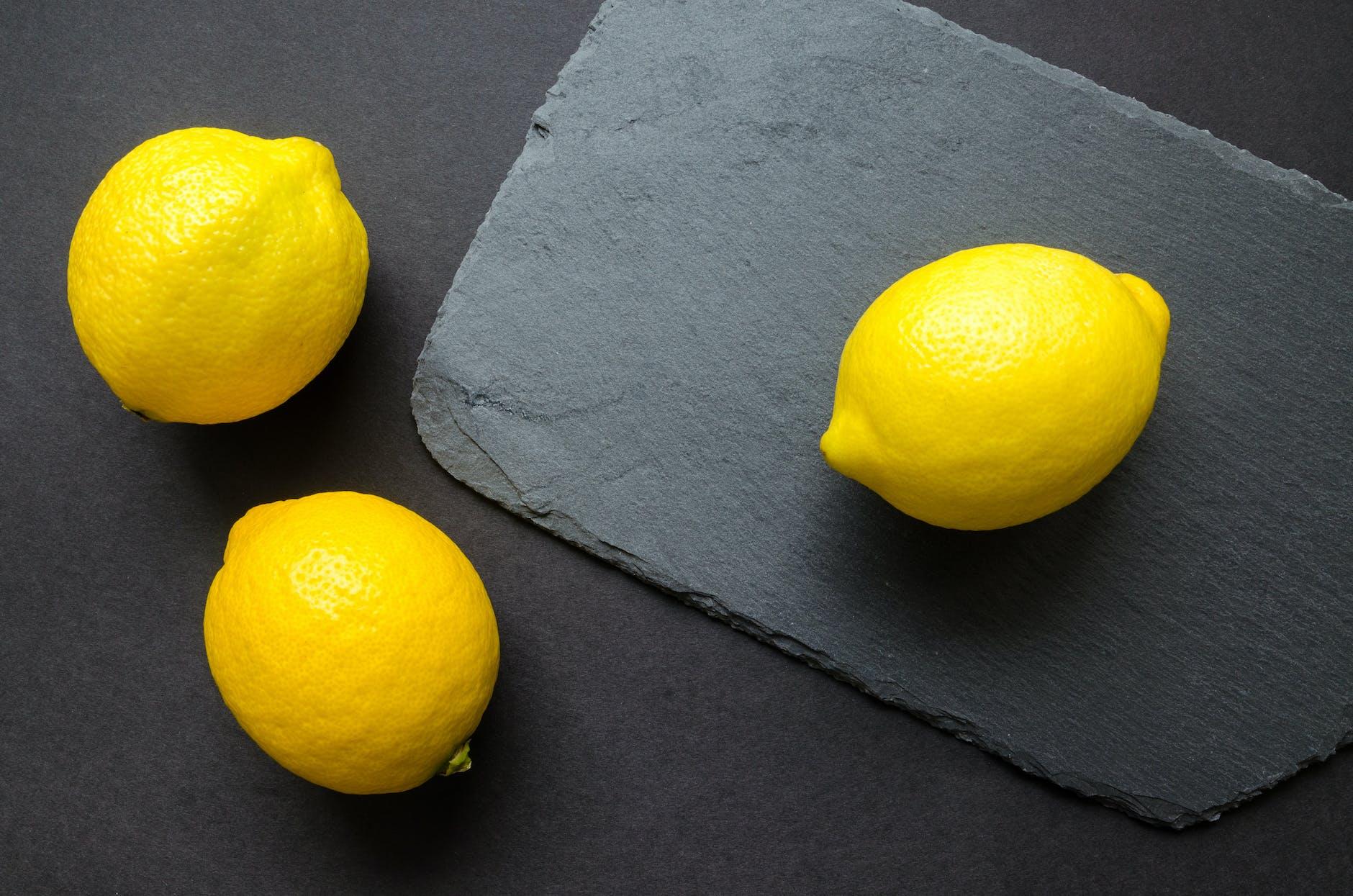 bahan alami masker wajah lemon