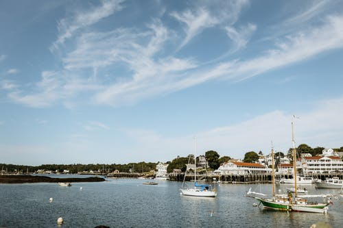 Immagine gratuita di acqua, barca, barca a vela