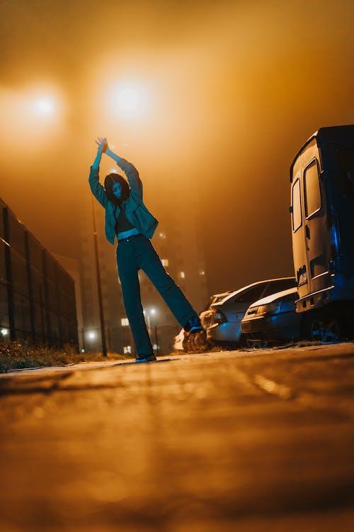 垂直, 城市, 女人 的 免費圖庫相片