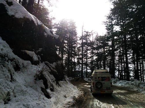 Ingyenes stockfotó földes út, hó, India, kirándulás témában