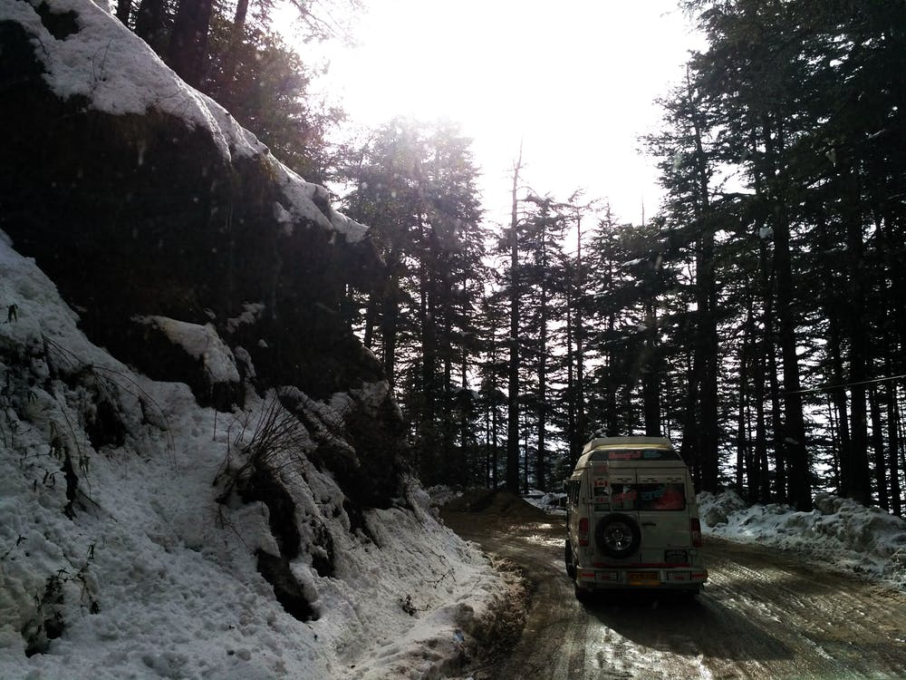 araba yolculuğu, Hindistan, kar