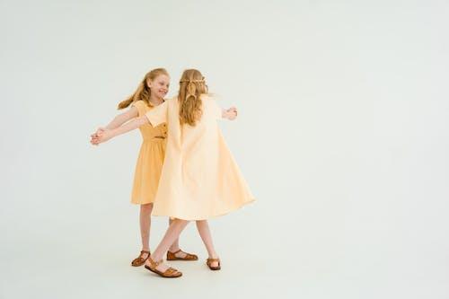 Fotobanka sbezplatnými fotkami na tému detstvo, dieťa, dievčatá