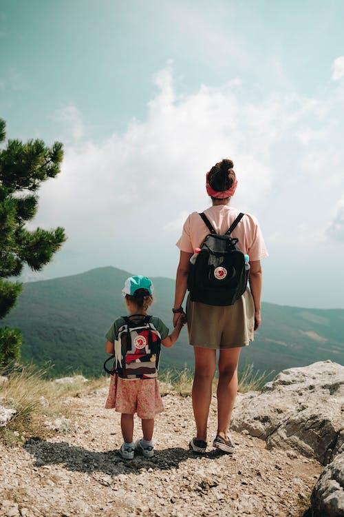 Gratis stockfoto met avontuur, backpacker, beklimmen