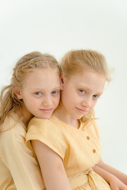 Fotobanka sbezplatnými fotkami na tému bezstarostný, byť spolu, dieťa