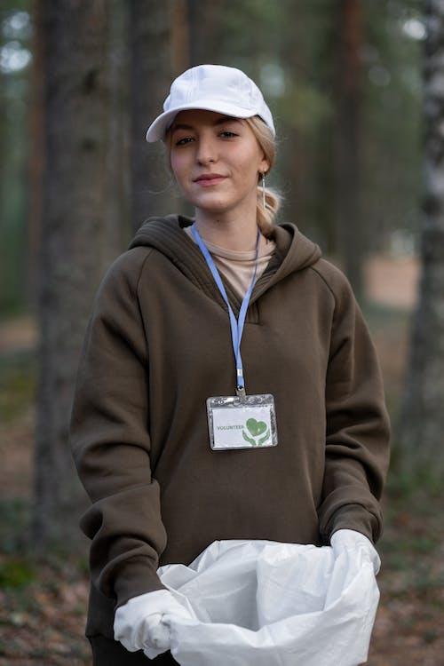 Immagine gratuita di abbigliamento da lavoro protettivo, adulto, berretto