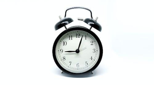 Gratis arkivbilde med 3d-modell, Analog klokke, antikk klokke, dagtid